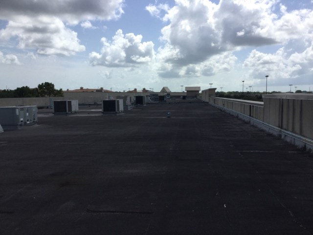 League City, TX - Up top of ilove kickboxing gym. Closing the lead up on pending maintenance contracts. Dr cool and that professor of heat south shore. 96