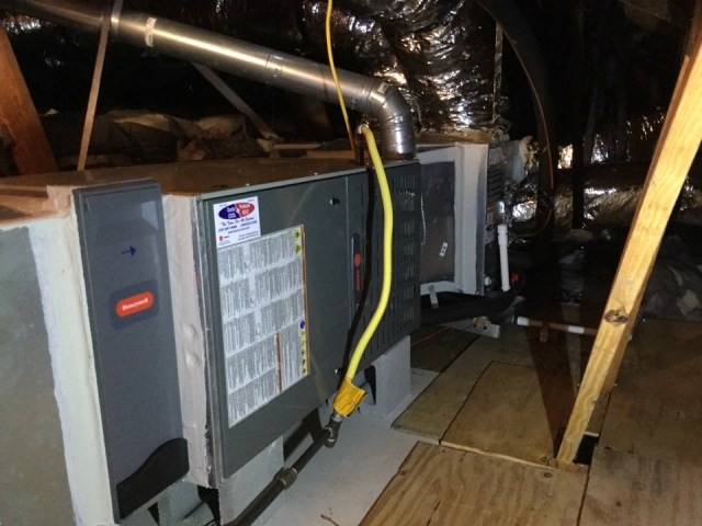 Deer Park, TX - Estimate on adding new return air to master bedroom! Performing preventive maintenance as well.