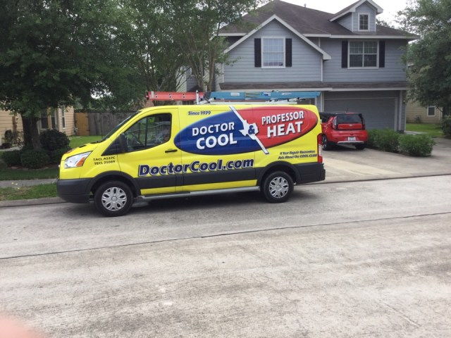 Dickinson, TX - Ac maintenance call. Performed tune up on Ruud comfort system and replaced failing part at customers request
