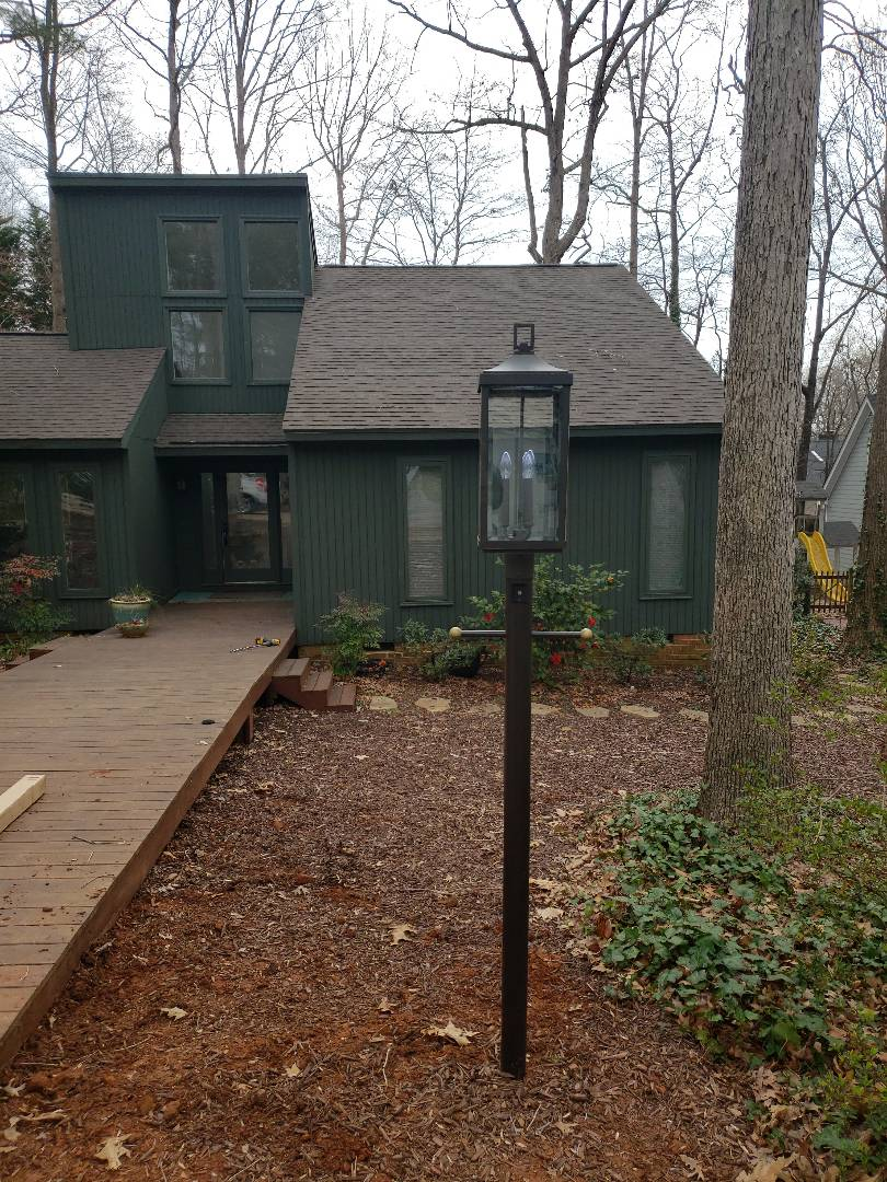 Cary, NC - Installed lamp post in front yard