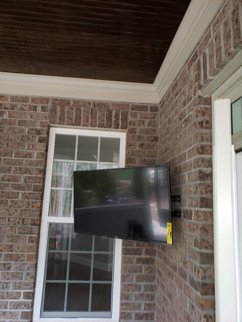 Raleigh, NC - Mount TV on brick wall
