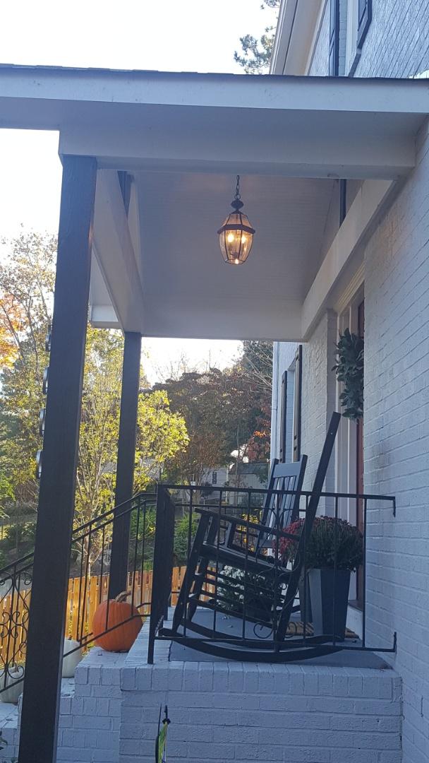 Raleigh, NC - Repair light fixture