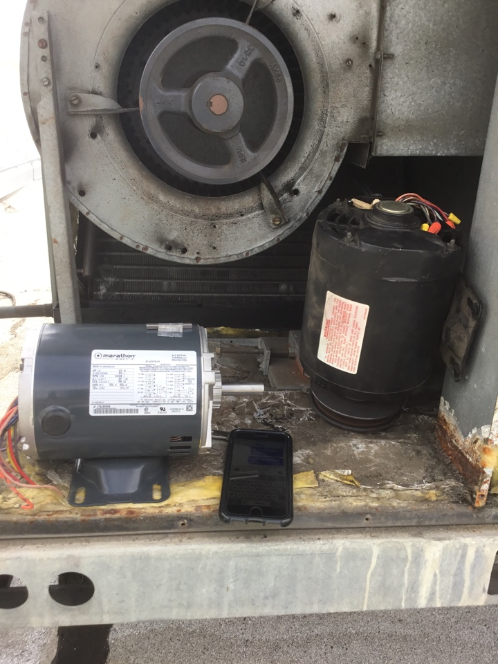 Fullerton, CA - Blower motor change out 5 ton unit