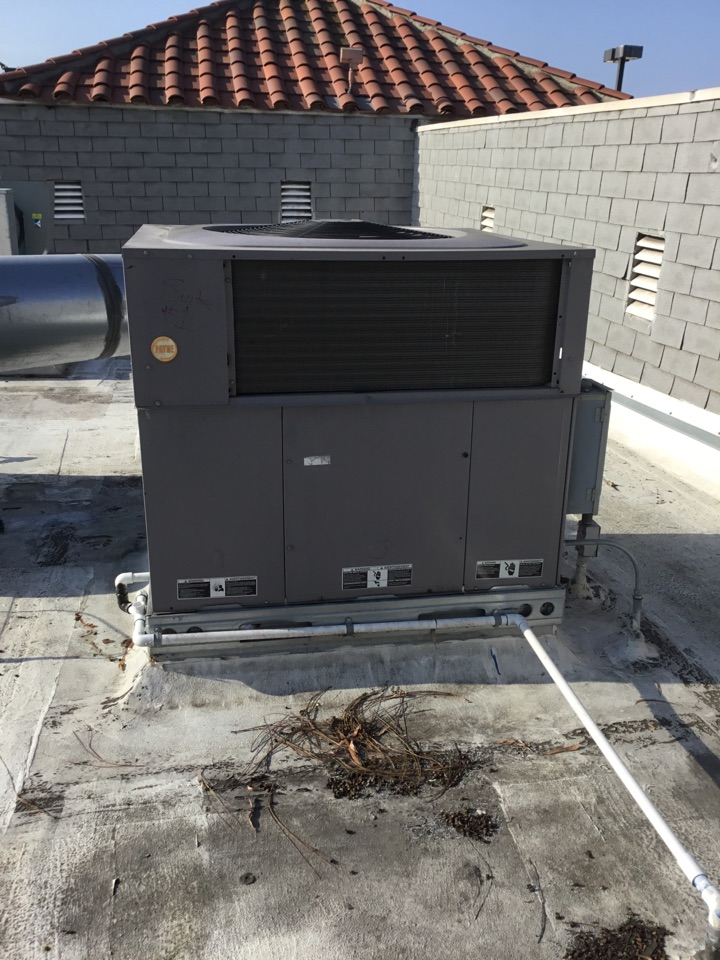 Fountain Valley, CA - Preventive maintenance commercial package unit