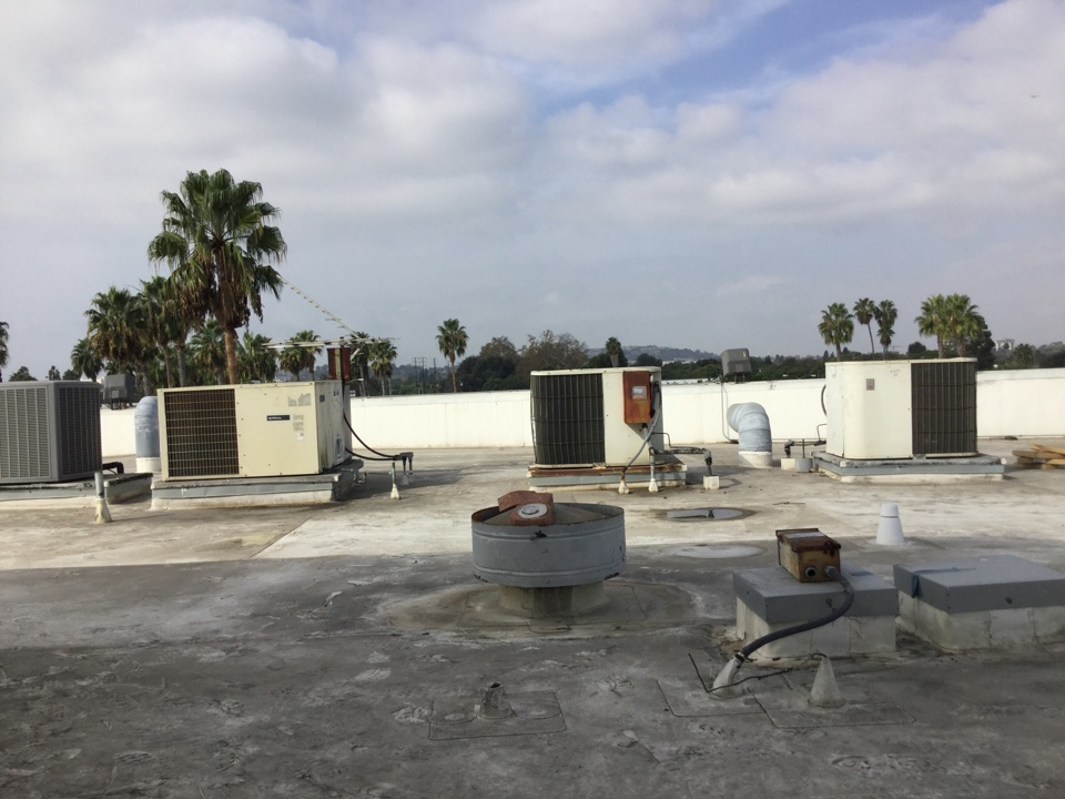 Long Beach, CA - Commercial service appraisal/periodic maintenance
