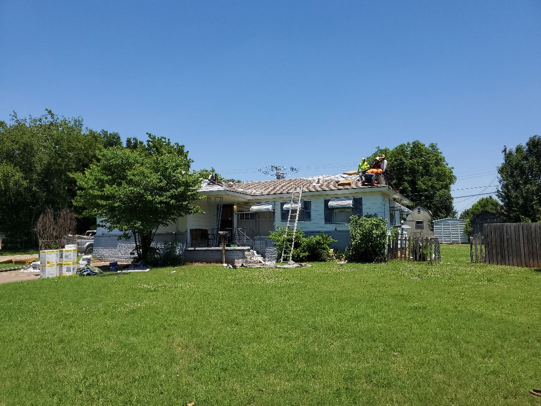 Sand Springs, OK - Roofing System installation.