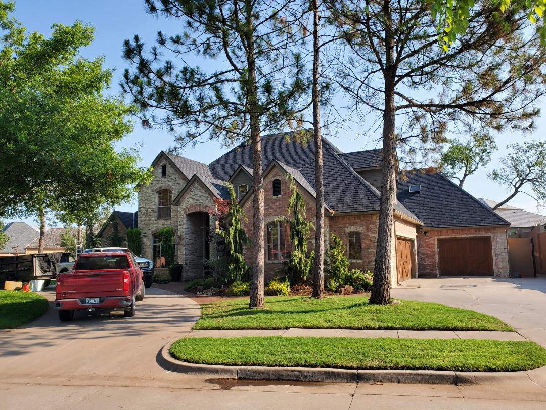 Norman, OK - Installing Complete Roofing System.