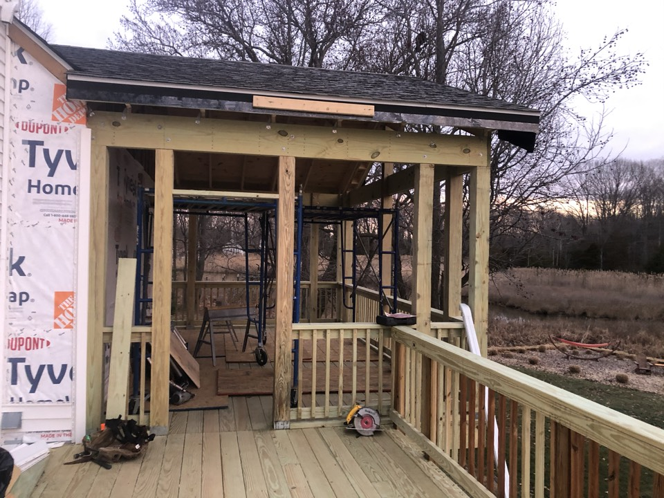 West River, MD - Deck remodel with a new screened porch porch