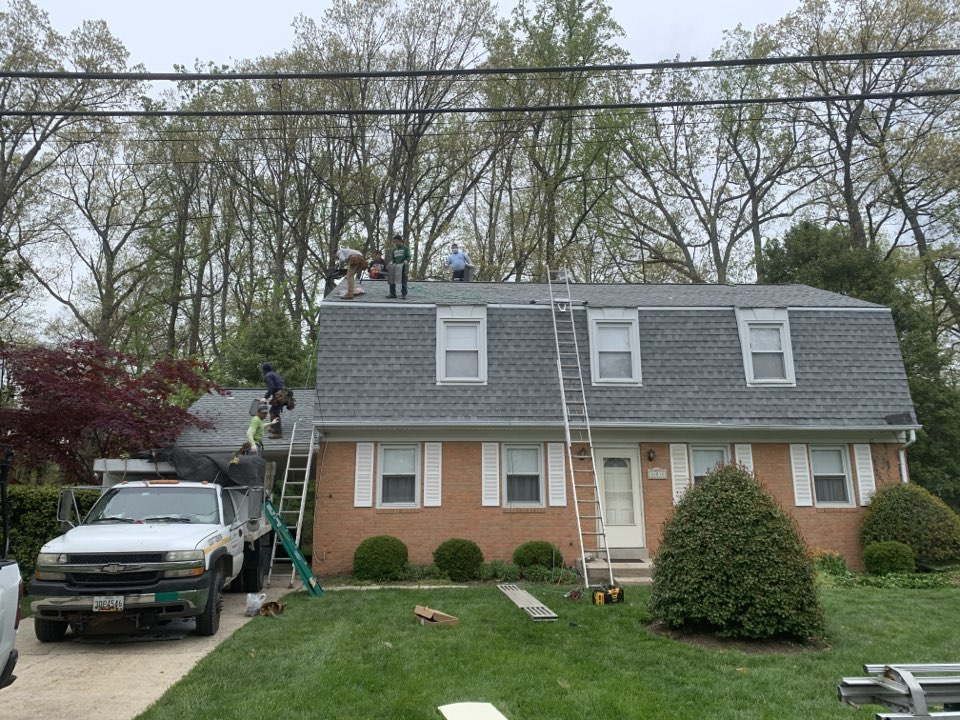 Laurel, MD - Replacing shingle roof with GAF Timberline HD.