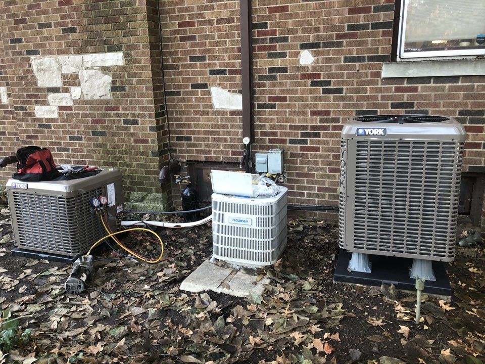 Belleville, IL - Installing York ac and Heatpump