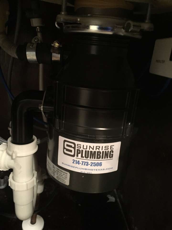 Murphy, TX - Garbage disposal is leaking and jammed. Install new 1/3 hp disposal. Murphy plumbers