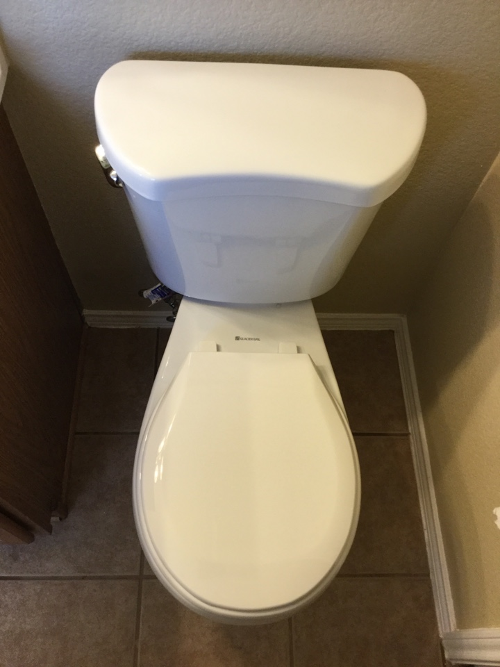 Rowlett, TX - Toilet in the hallway guest bathroom is constantly running. Installed new fill valve and flapper on toilet. Rowlett plumbers