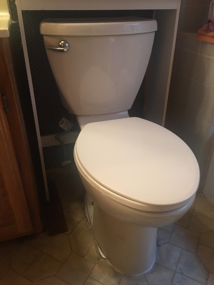 Allen, TX - Toilet leaking in floor needs repair. Pull and reset toilet with new wax ring, bolts, and caulking