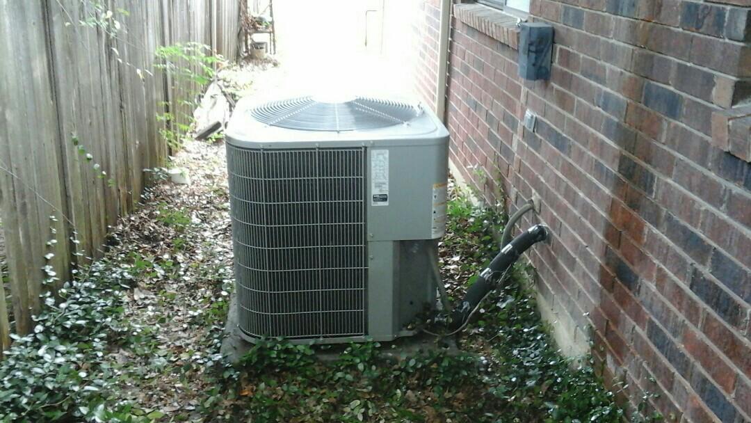 Cedar Hill, TX - A/C not cooling