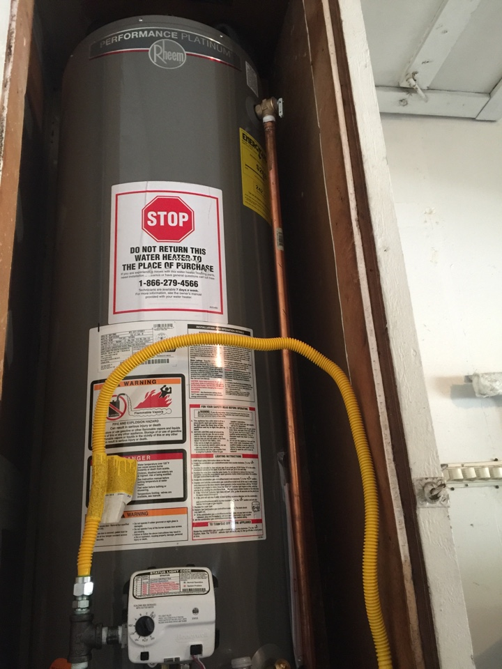 Dallas, TX - Replacing water heater in garage