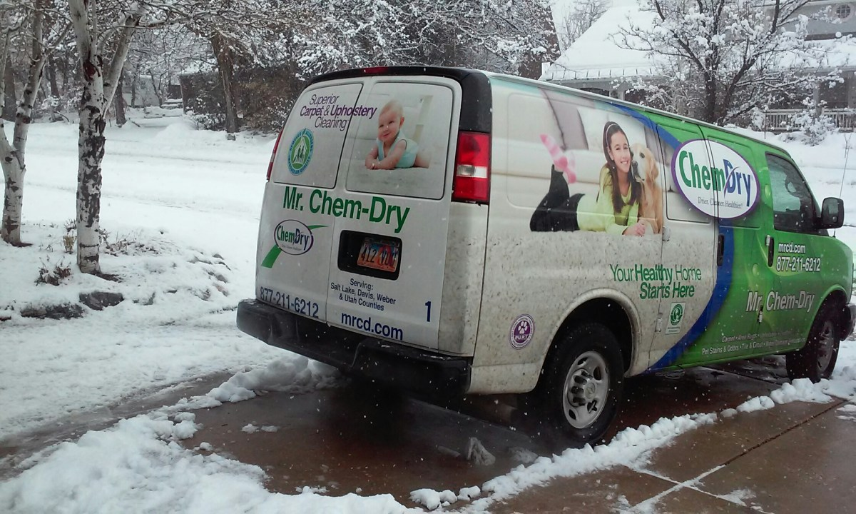Centerville, UT - Carpet Cleaning in Davis County, Utah.  Rain or snow, if you wanna brave it then I will too.