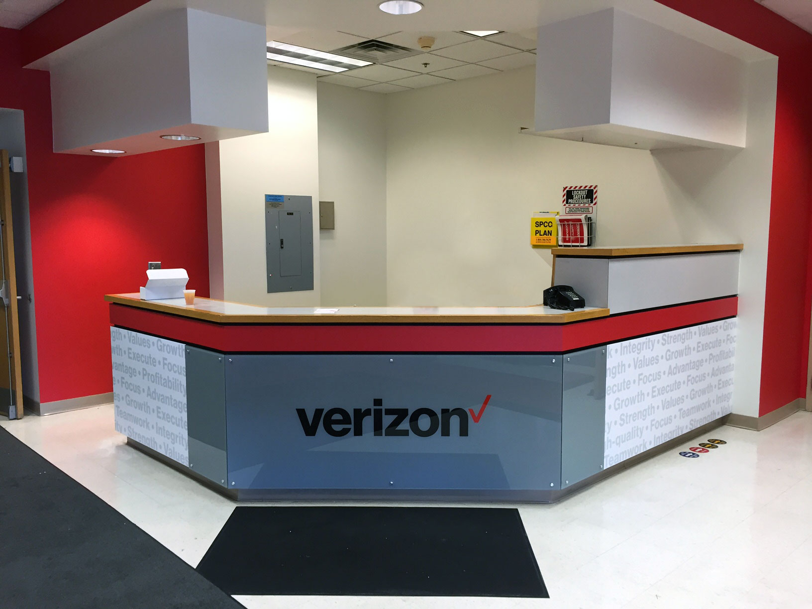 Verizon Reception Desk | Syracuse NY