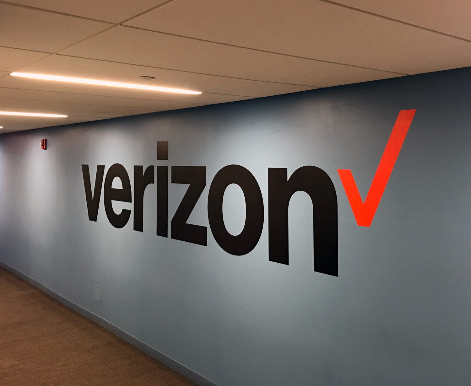 Verizon Wall Lettering