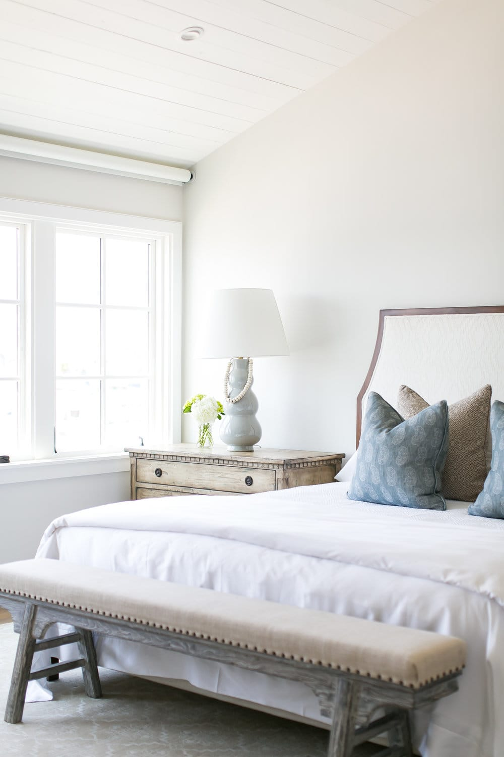 How to Mix and Match Bedroom Furniture