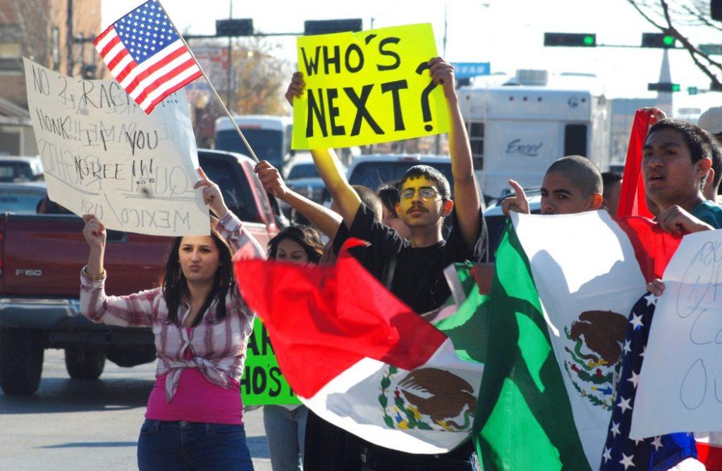 mexicanos protestan estados unidos manifestación