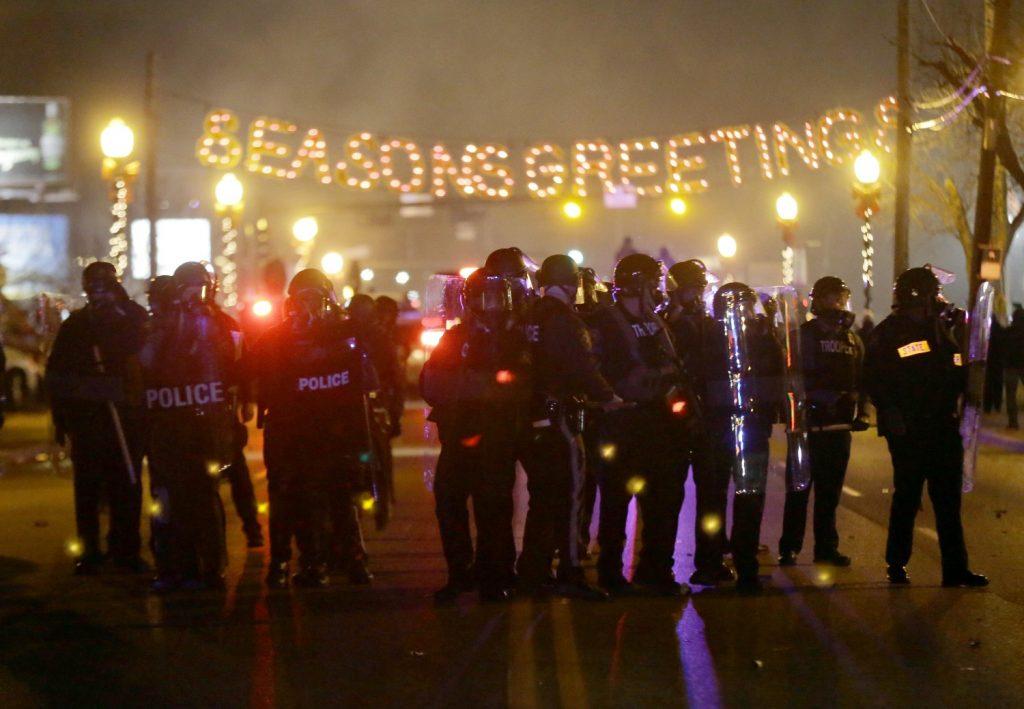 policía estados unidos granaderos