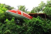 "4 ""airplane Hotels"" Manual"