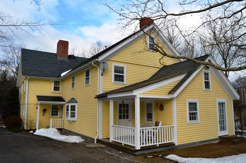 Virtual Tour Of 85 Walpole Street, Dover, Massachusetts