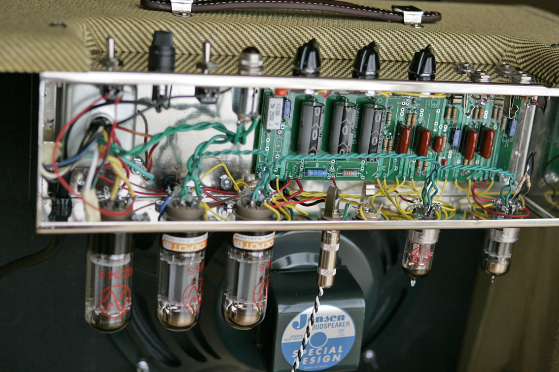 hight resolution of the amp is very silence right now so i m going to play again this amazing amp thanks again brian ignacio g buy this tweed 5e3 kit