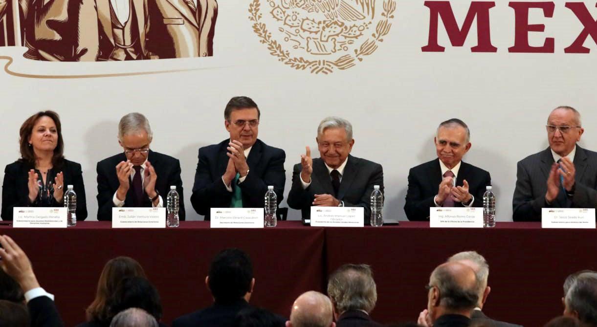 reunión-con-embajadores-Ebrard-AMLO-reforma-090119