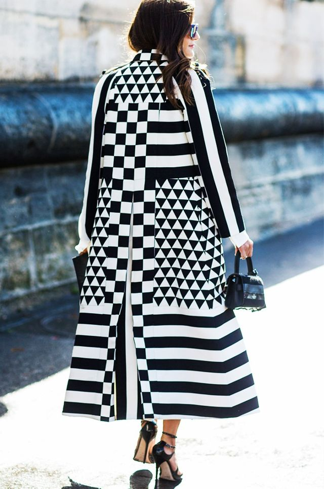 Look Stunning in Black and White Stripes