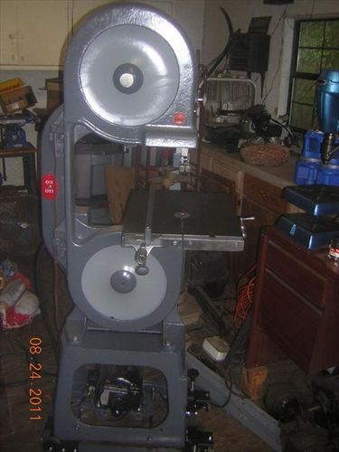 Duro Metal Products Bandsaw