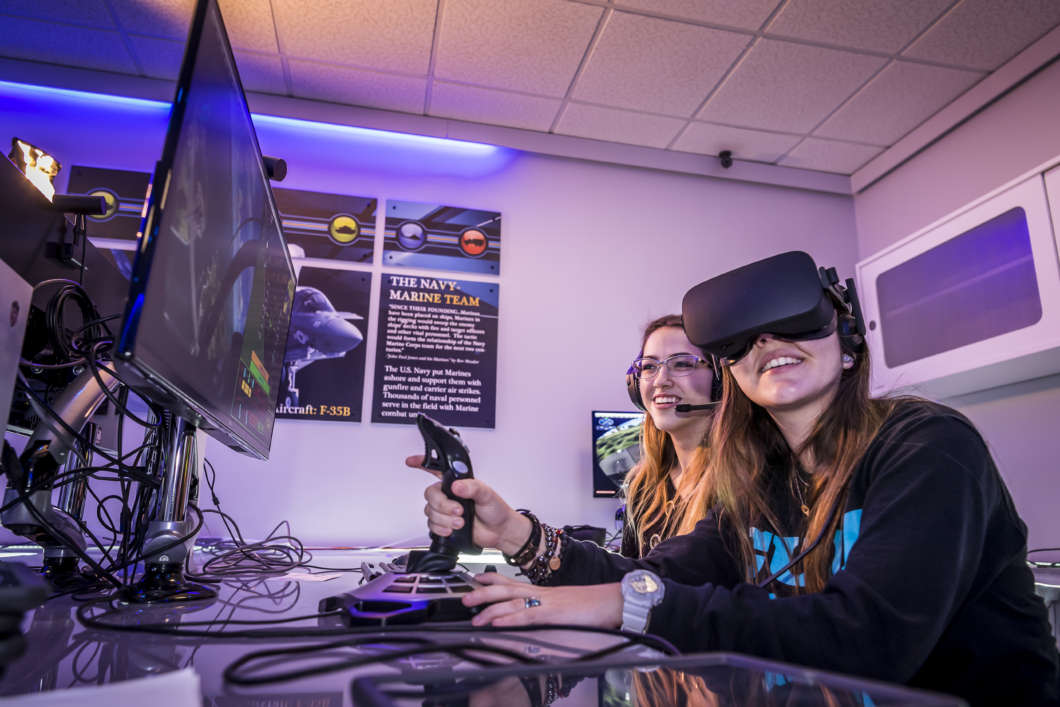 A visitor experiences virtual reality during Otronicon 2019 at the Orlando Science Center. Photo by Roberto Gonzalez