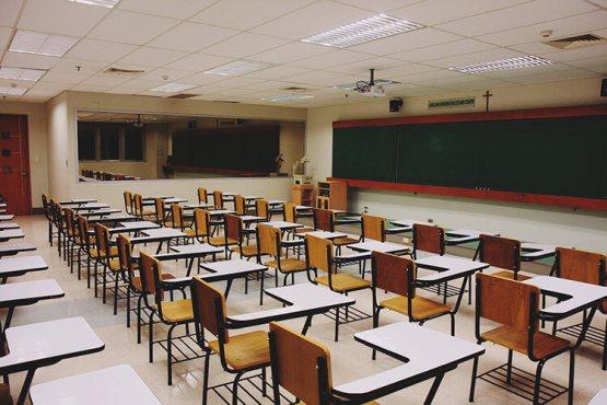 Sala de aula virtual aproximando o conhecimento do seu aluno