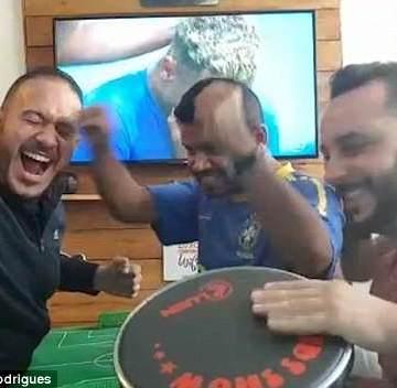 VIDEO: Así celebra un fanático sordo y ciego la victoria de suequipo