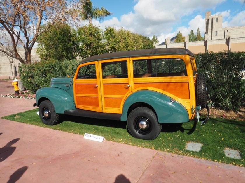 1940 Ford Woody Wagon con Marmon-Herrington 4X4