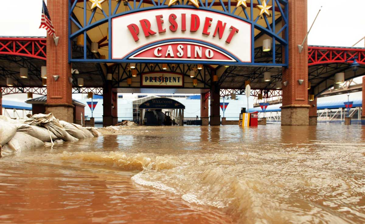 Floodwaters from the Mississippi River blocked the entrance of the President Casino in St. Louis on May 15, 2010. (AP Photo/The St. Louis Post-Dispatch)