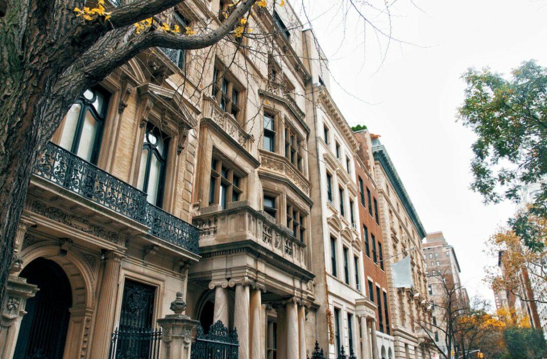 Upper East Side Your Neighborhood Guide