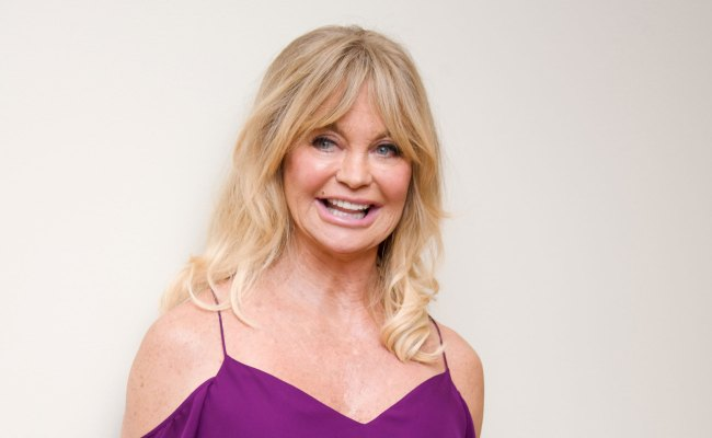 Golden Girl Goldie Hawn Goes From Ditzy To Seriously