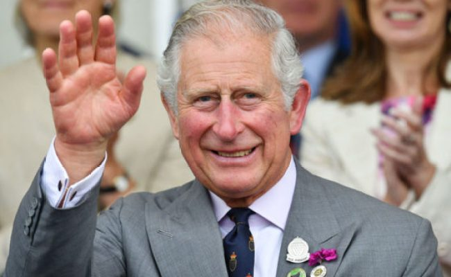 Prince Charles Should Abdicate Throne For Prince William