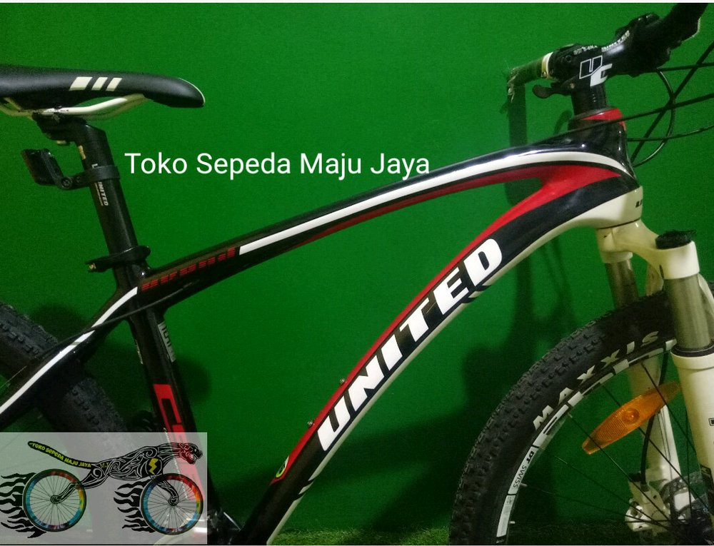 Jual sepeda HT XC United Carbon c98 GS shimano Deore 3x10 ...