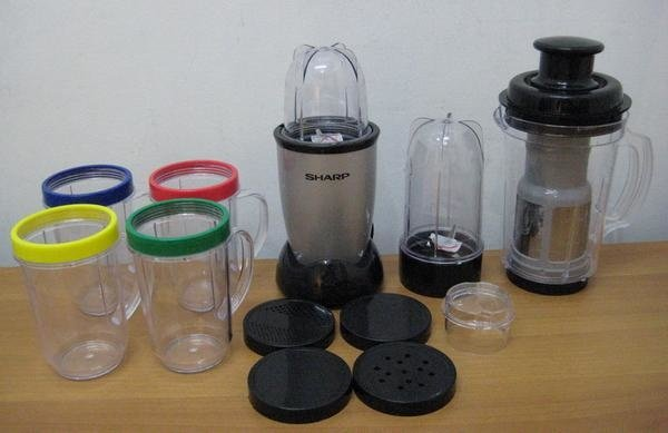 Sharp Blazter Blender Multifungsi SB-TW101P