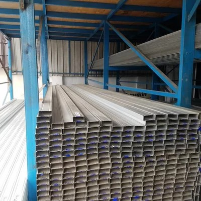 baja ringan cnp cilegon steel sticker biru tebal 0 75mm x 6m sni