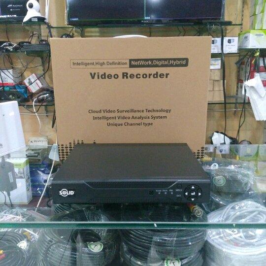 DVR 4CH Solid Hybrid 5 in 1