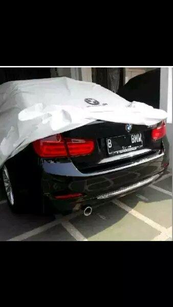 Selimut Mobil BMW Serie 5 - Cover Mobil Anti Air - Cover Mobil Outdoor - Mantel Mobil Krisbow - Original