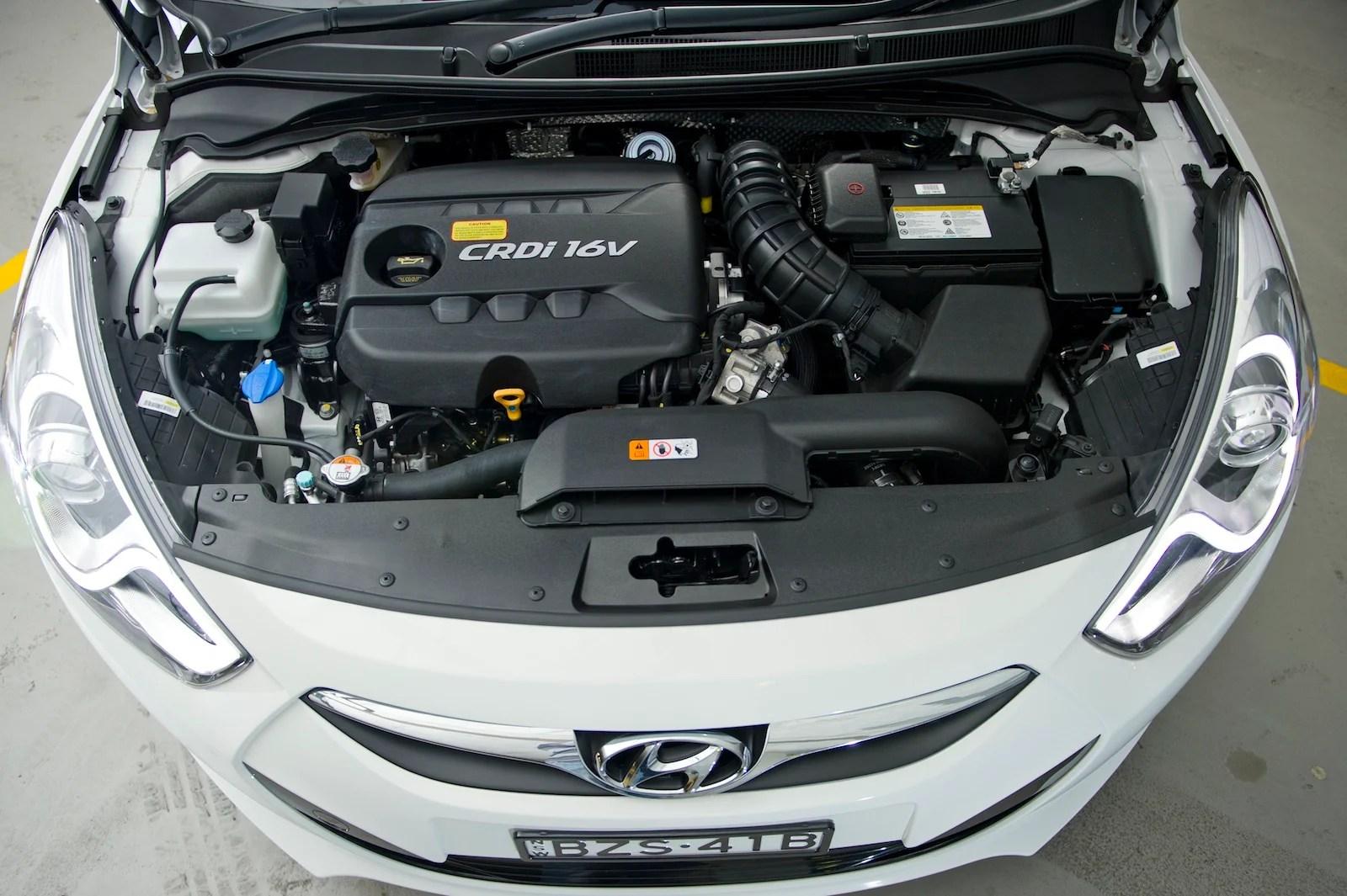 2012 Hyundai I40 Sedan Expands Mid Size Line Up Photos