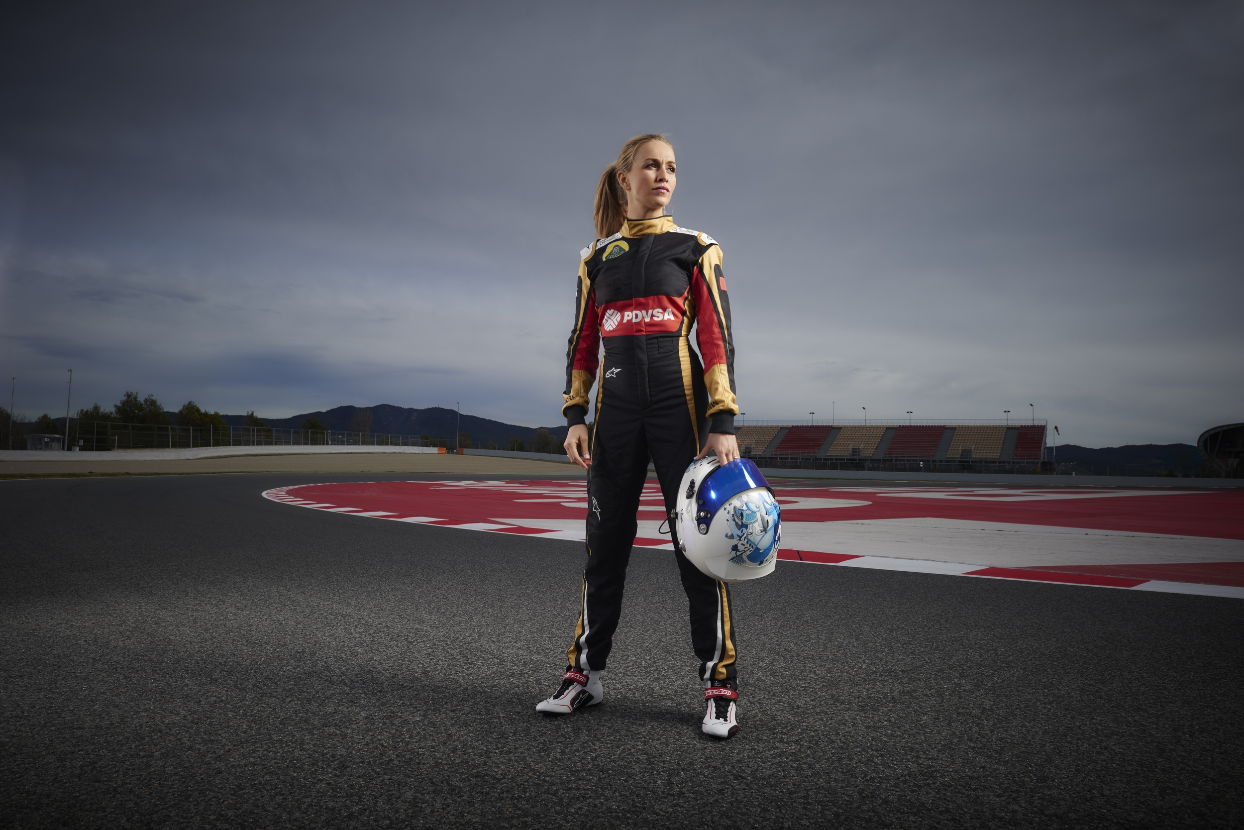 Blonde Girl Wallpaper Lotus Formula One Team Appoints Female Driver Photos