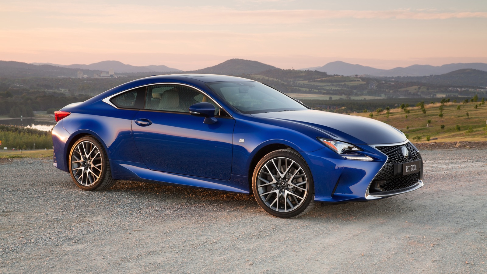 2016 Lexus RC200t Review  photos  CarAdvice