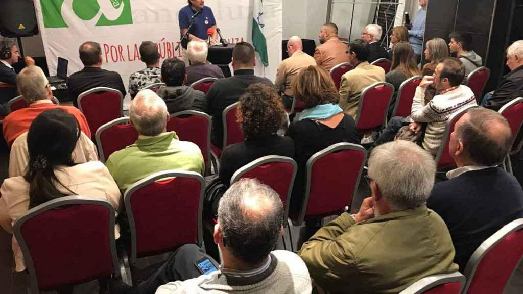 El periodista malagueño Pedro Altamirano se dirige a los miembros de la ANA