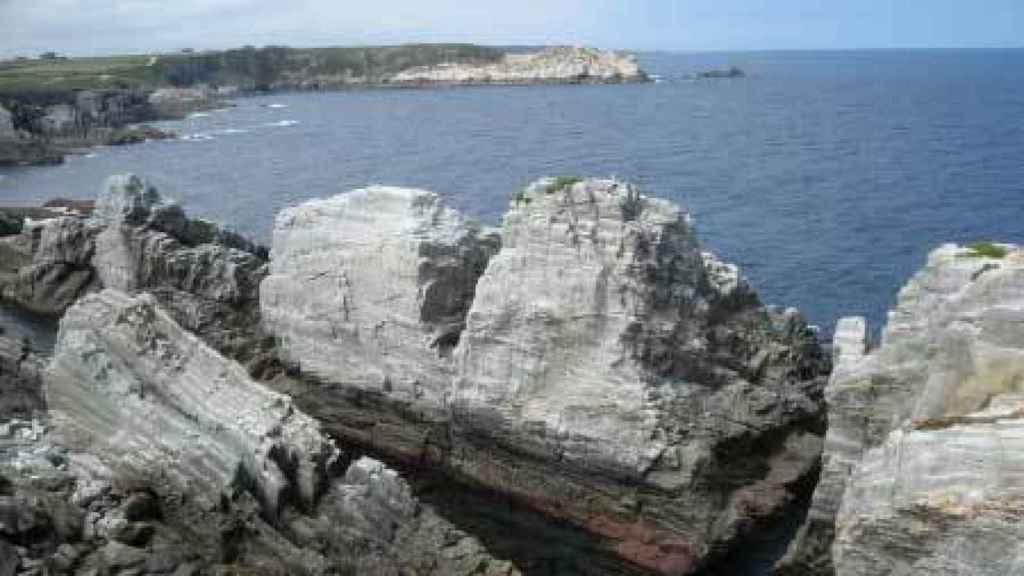 La zona de acantilados desde donde se ha precipitado Dévora.