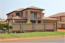4 Bedroom Houses for Sale